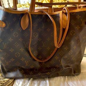 Louis Vuitton neverful
